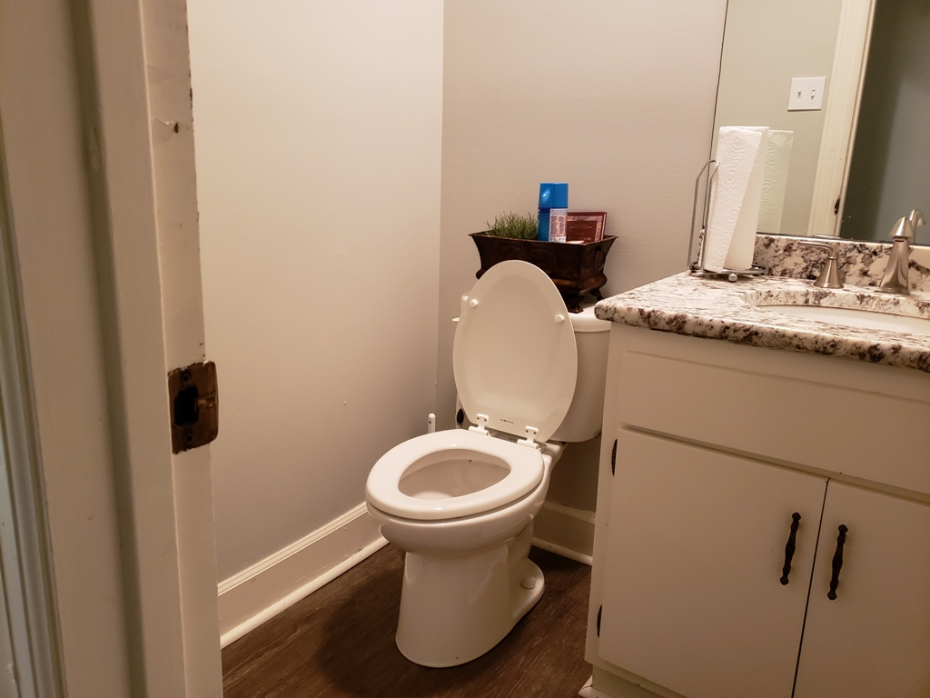 303-Williams-suite-312-restroom.jpg