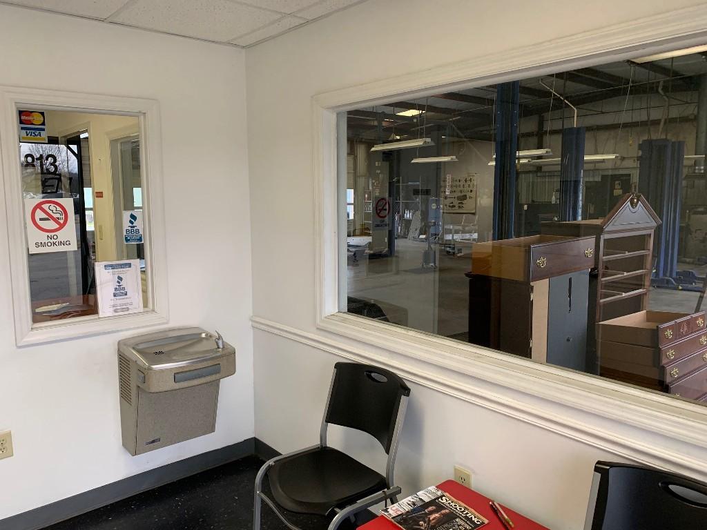 813-Memorial-Pkwy-Mr.-Transmission-office-2.jpg